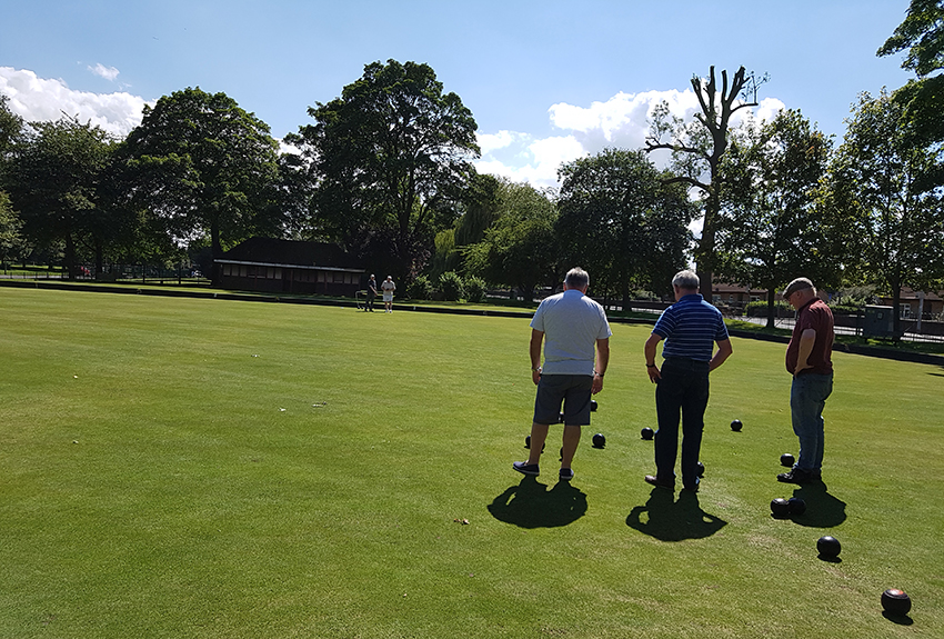 Outdoor Bowls at West Park