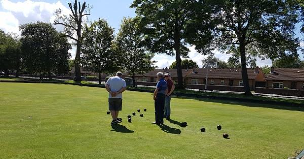 BOWLS PAGE IMAGE