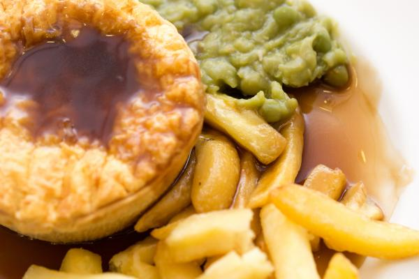 A picture of pie and peas